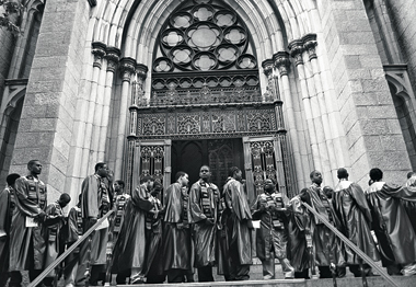 Rice seniors on May 26, 2000, before their graduation march into St. Patrick's Cathedral. Photographs: Tamara Beckwith