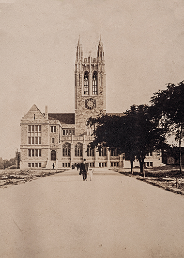 Gasson Hall in 1913, soon to open. Photograph: Courtesy of John J. Burns Library Archive. Click image to enlarge.