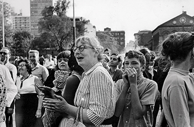 Jacobs at a community meeting in New York's Washington Square Park on August 24, 1963. Photograph: Fred W. McDarrah / Getty Images.